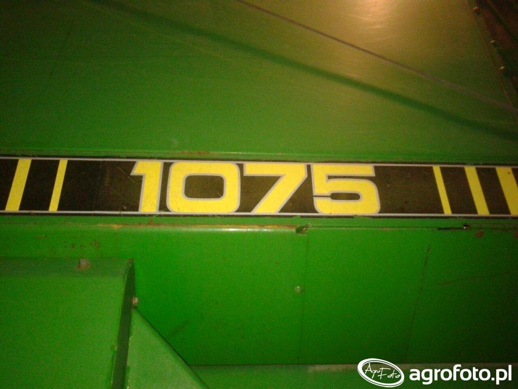 John Deere 1075