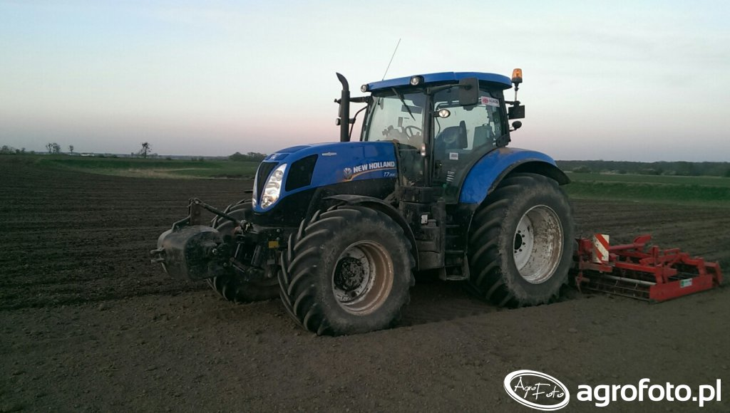 New Holland t7 200 i kompaktor 4 m