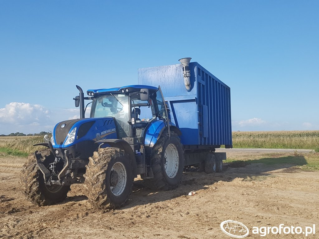 New Holland T7.210 Kontener na Gnojowice