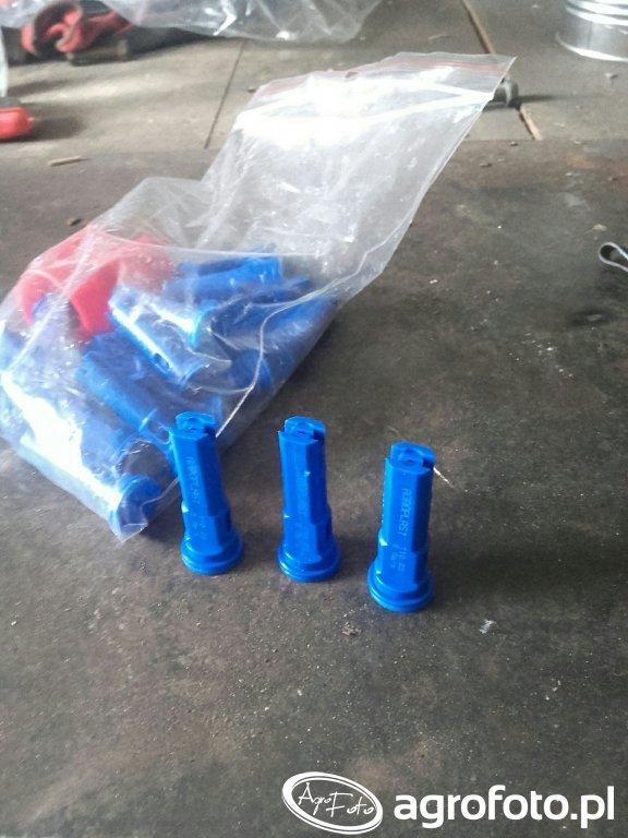 Rozpylacze niebieskie 031108