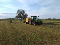 Deutz-Fahr Agrotron k 610 & New Holland BR 6090