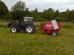 Farmtrac 80 4wd & welger rp 200