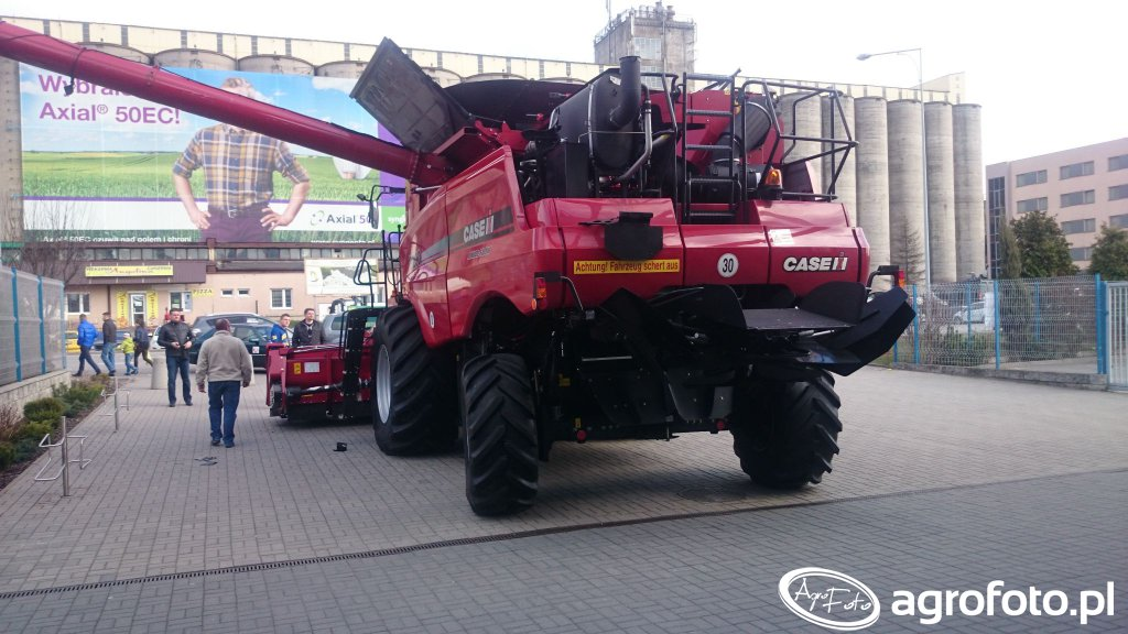 Case Axial Flow 9230