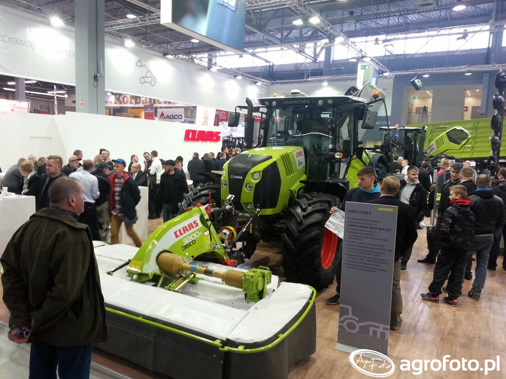 Claas Arion 630 & Disco 3200F