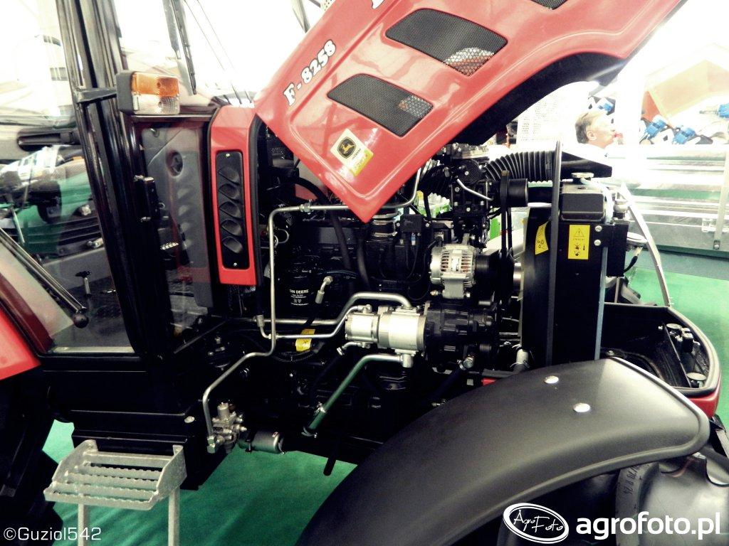 Farmer F8258 z silnikiem John Deere
