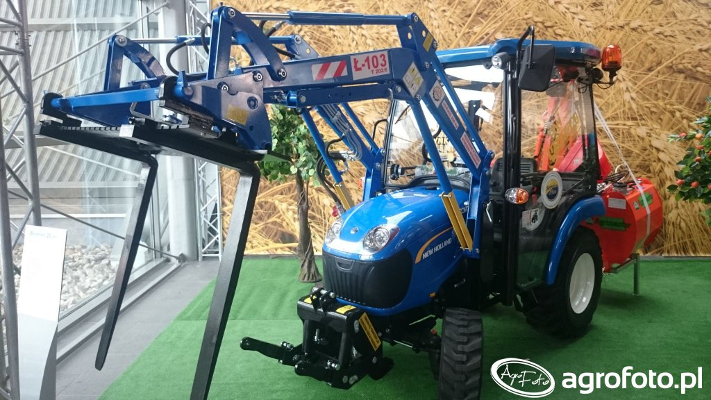 New Holland Boomer 20HS + Ł103
