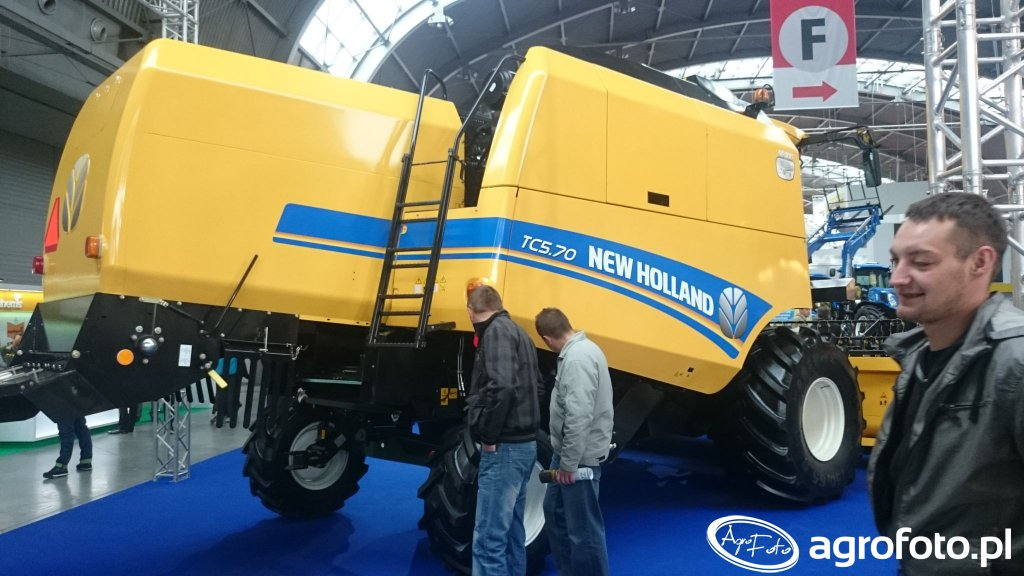 New Holland TC5.70
