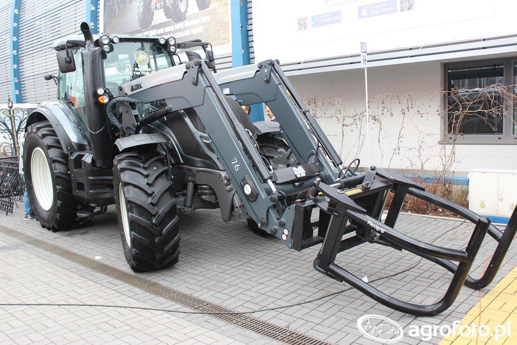Valtra T154