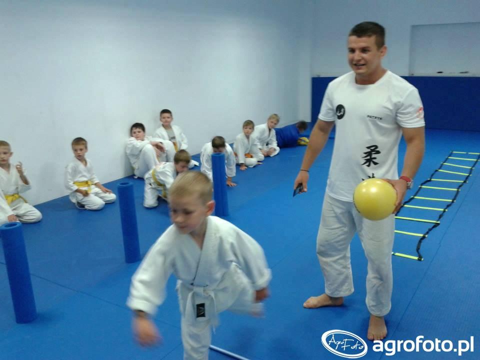 Wakacje życia 2015 - obóz karate dla dzieci