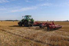 Deutz-Fahr Agrotron 6215RCShift  - Kongskilde Terra X 450