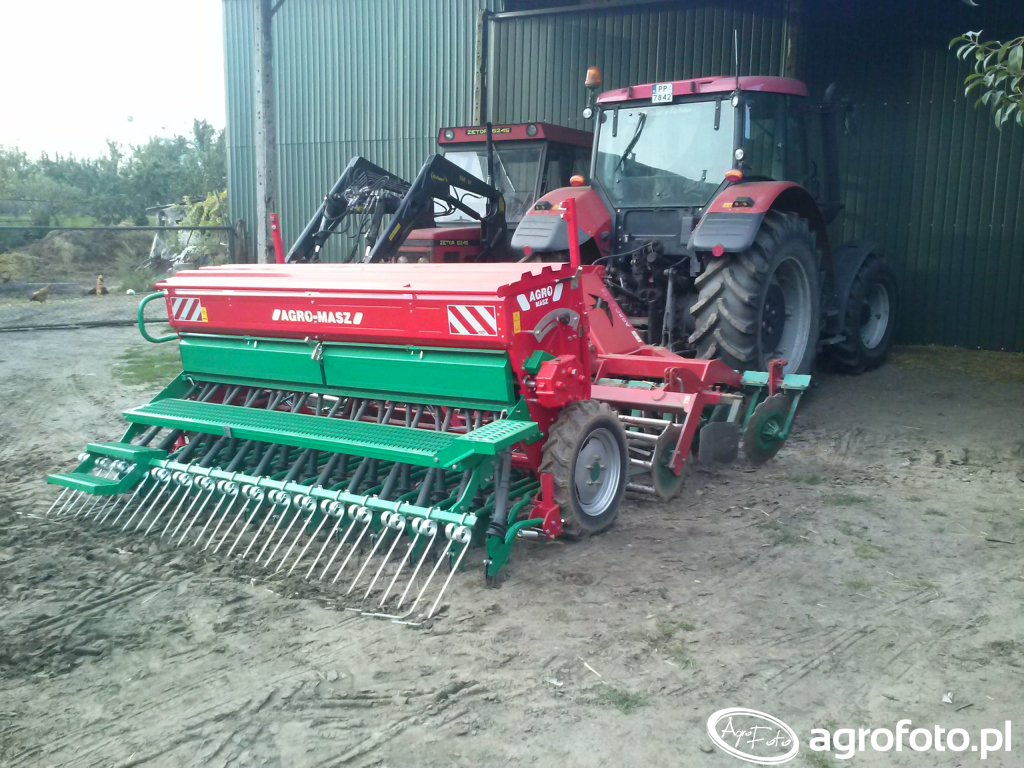 Agregat Talerzowy Agro-Masz3m + Siewnik Agro-Masz SM3003m.