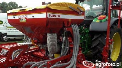 Pneusej Pluma 300