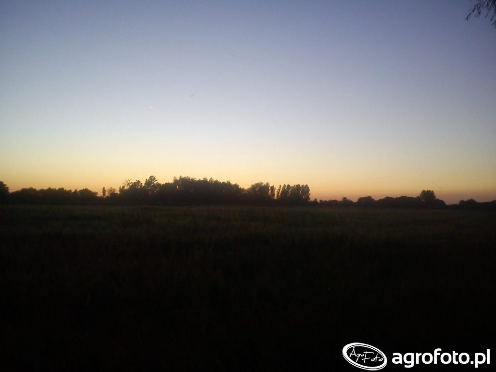 Zachód Słońca Nad Jęczmieniem
