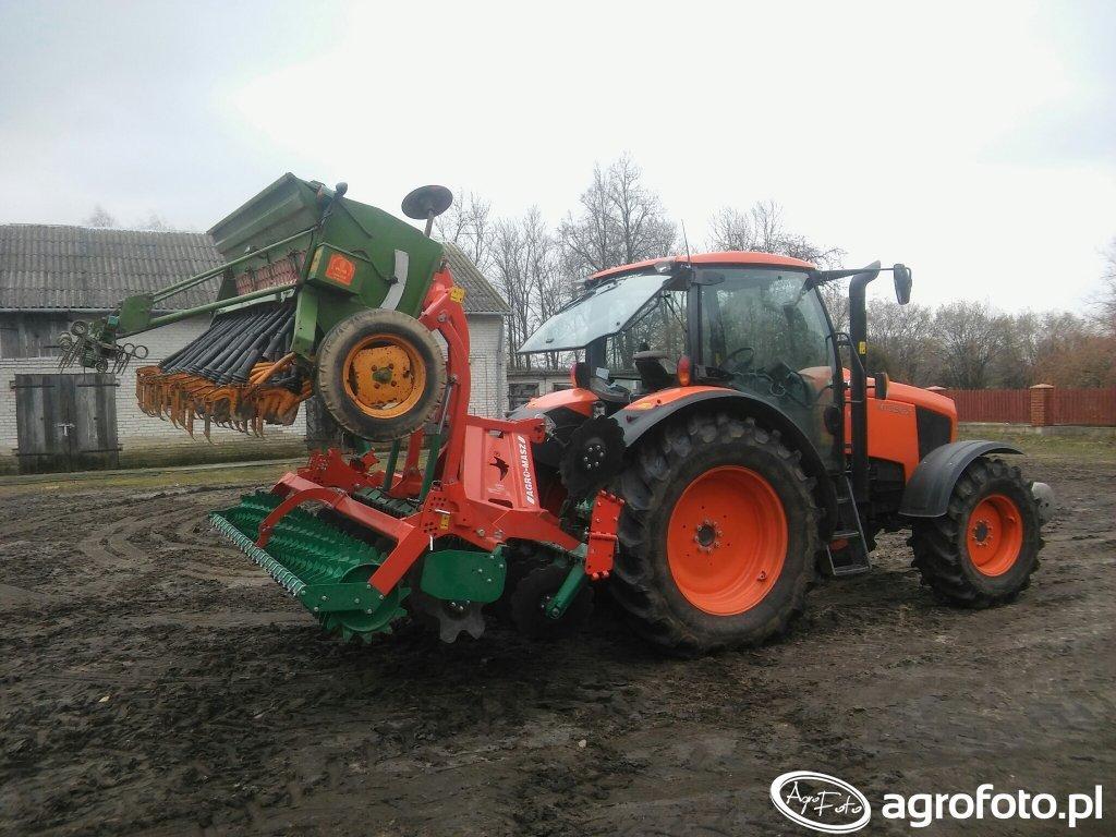 Kubota M135GX i Agro Masz AT30 i Amazone D7 Super S