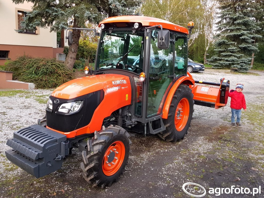 Kubota m6040 narrow