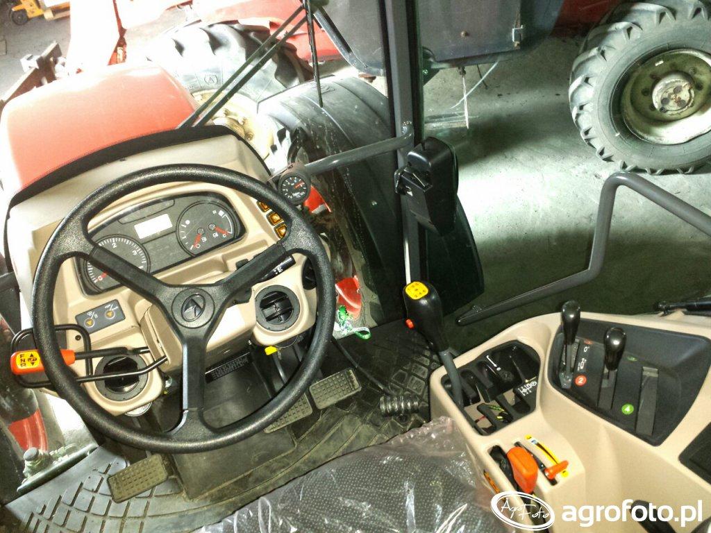 Kubota M8560 kabina