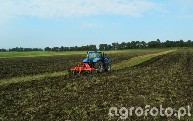 New Holland T5.105 DC / Agro-Masz AT270