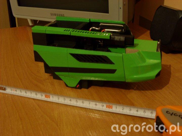 Deutz Fahr C9000 (w budowie)