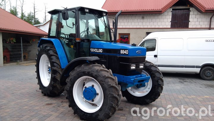 Ford New Holland 6640