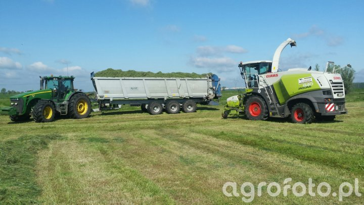 Claas Jaguar840 & JD8530 & BROchard