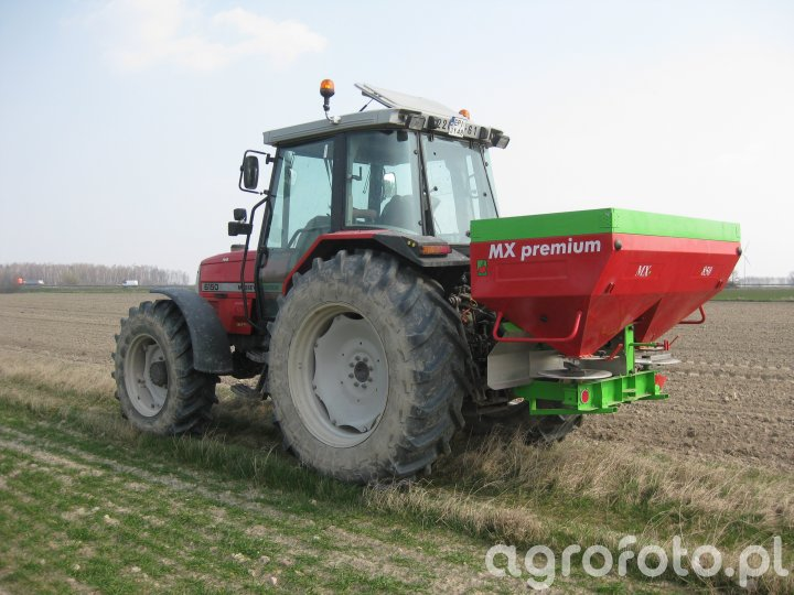 Unia brzeg MX 850 PREMIUM & Massey Ferguson 6150