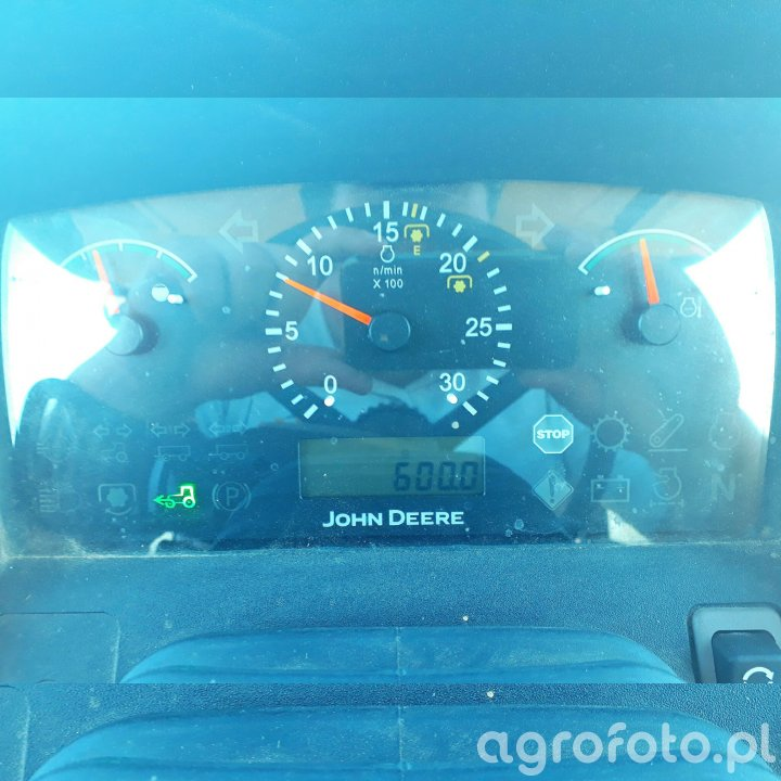 John Deere 5080M