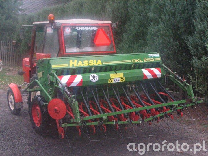 URSUS C-360 + HASSIA DKL 250