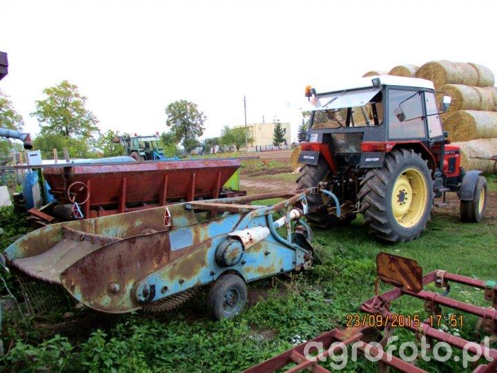 Zetor 7711 i kopaczka do ziemniaków Z-609
