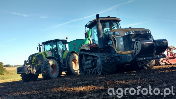 Challenger MT875c & Claas Axion 850