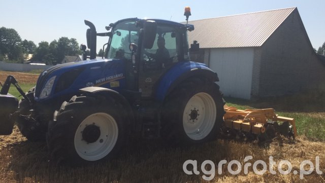 New Holland t5.100 EC &  Staltech 3m