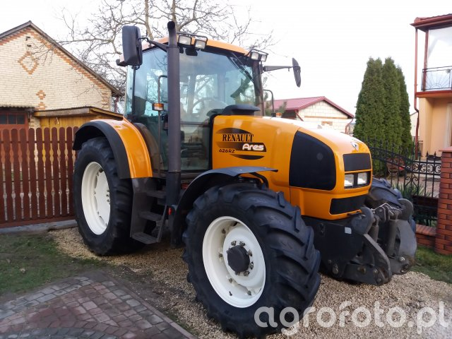 Renault Ares 626RZ