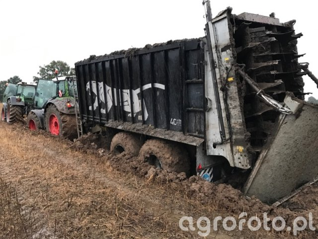 Fliegl i Fendt 939