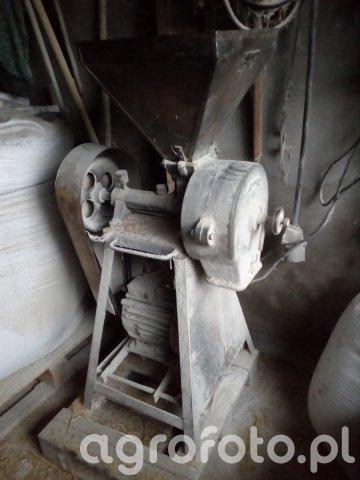 Śrutownik Rolniczy SR1