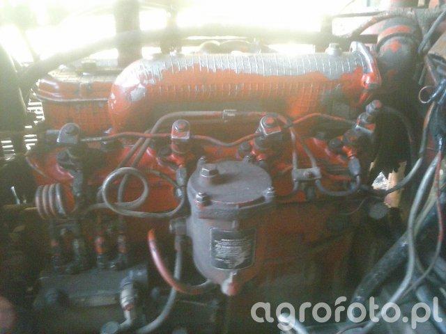 Złożony silnik MTZ Belarus 550