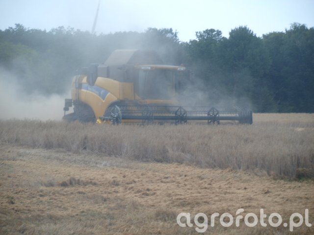 New Holland CX8070