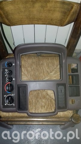 Renault - panel przedni deski