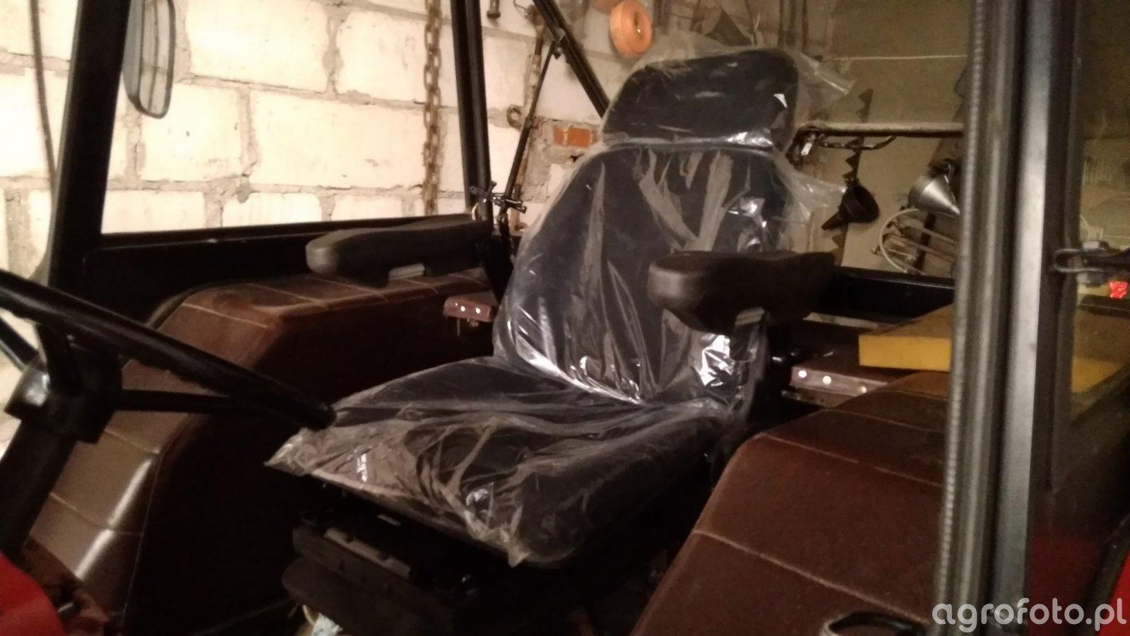 Siedzenie Pneumatyczne w Ursusie C-360 4X4