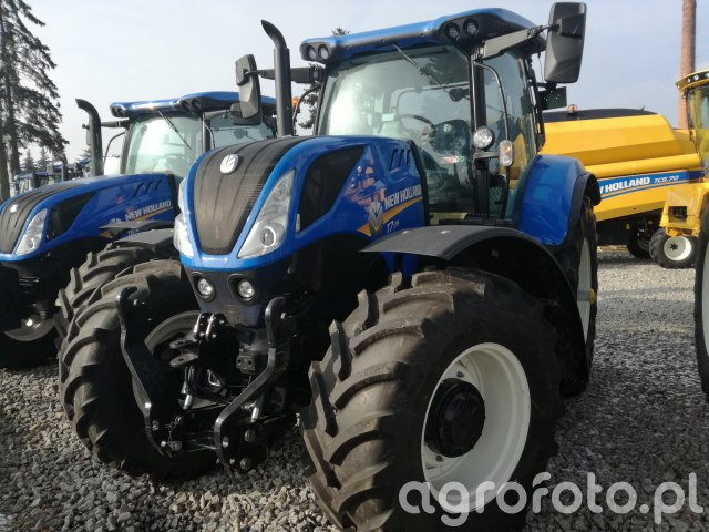 New Holland  T7,175