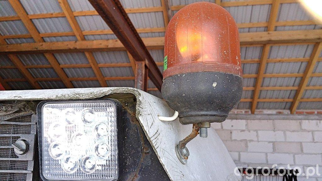 Lampa Ostrzegawcza I lampa Led Zetor 5211