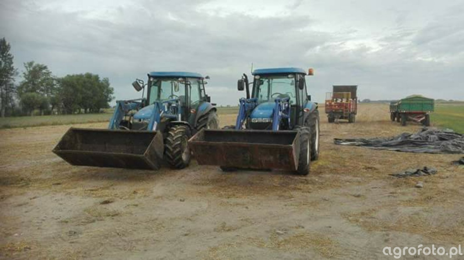 new holland td 5050 & td 5040