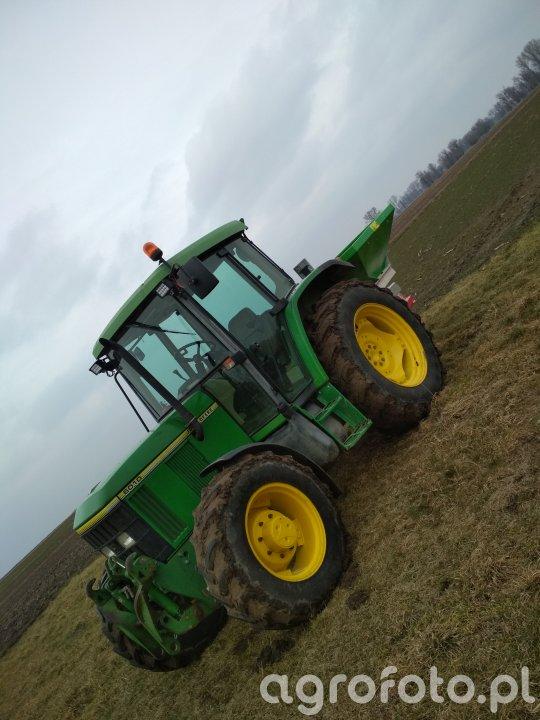 John Deere 6010 + Agro-Tom