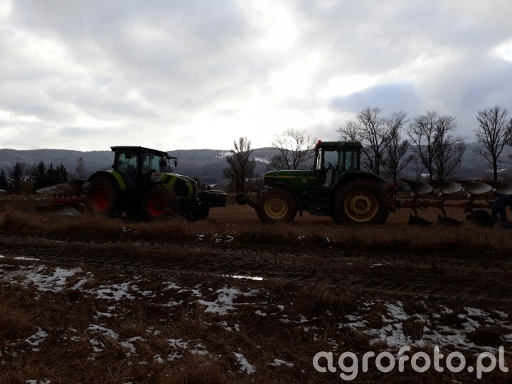 Claas Arion 650 + John Deere 7810