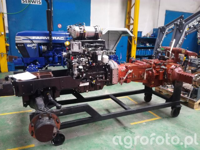 Farmtrac - linia montażowa - podwozie wraz z silnikiem