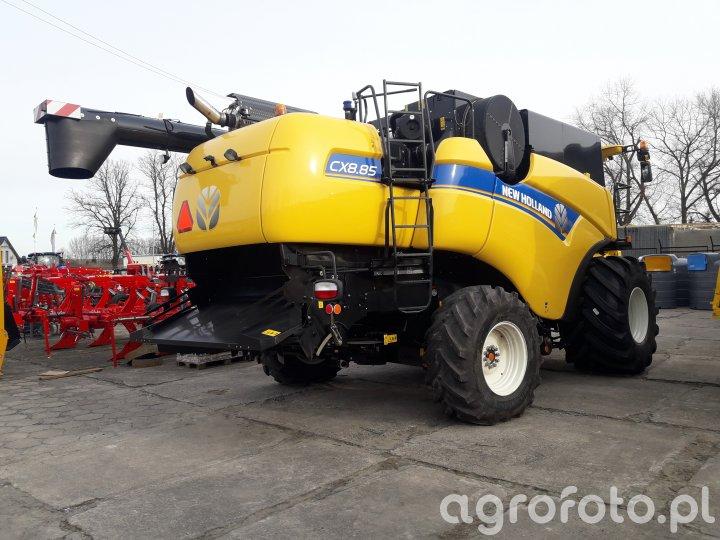 New Holland CX 8.85