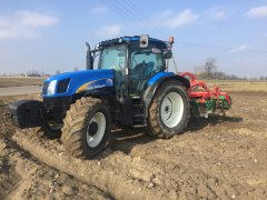 New Holland  t6030delta & Agromasz
