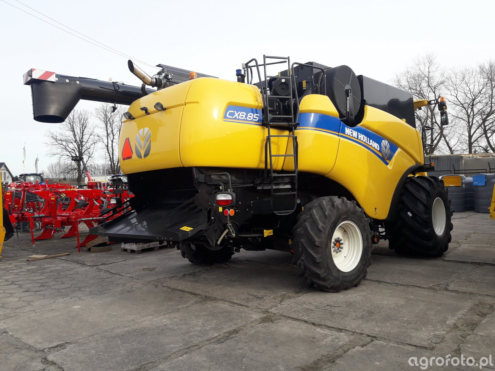 New Holland CX 8.85