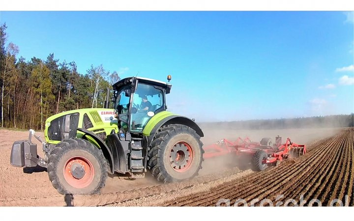 Claas Axion 920 + Horsch Joker 6RT