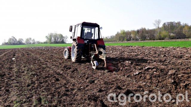 Belarus 820 & Kverneland 3x35