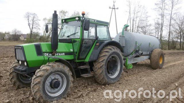 Deutz Fahr DX90 & beczkowóz Joskin 6000l