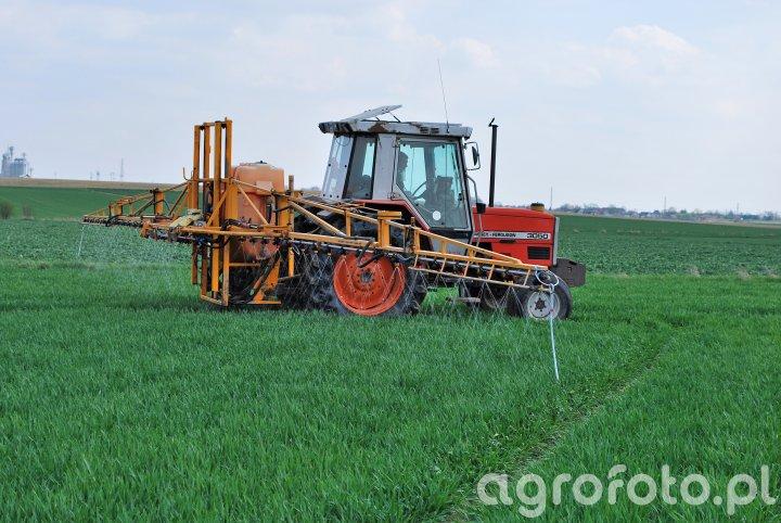 Massey Ferguson 3050 & Cebeco/Agrifac